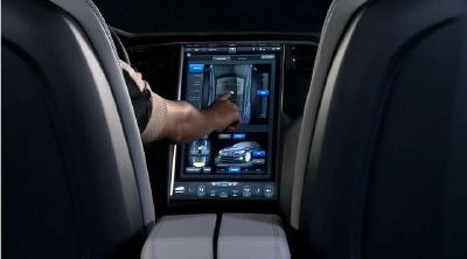 Tesla Model S 17-inch touch screen.