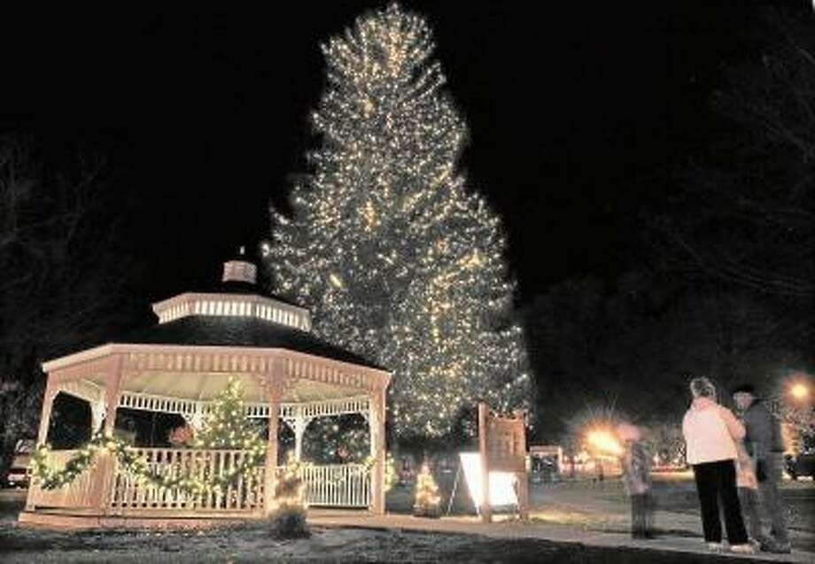 Middletown will kick off the holiday season with its annual tree lighting on Friday, Nov. 23. The Christmas tree from the 2010 tree lighting is seen behind the gazebo on the South Green in this 2010 file photo. Catherine Avalone/The Middletown Press / TheMiddletownPress