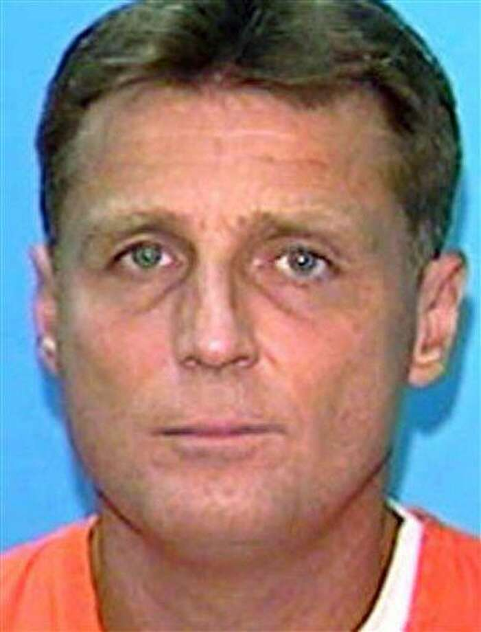 This undated handout file photo provided by the Florida Department of Corrections, shows convicted murderer Glen Rogers. A documentary set to air Wednesday, Nov. 21, 2012, says Rogers, who is on Florida's death row, could know something about the murder of OJ Simpson's wife Nicole and her friend Ron Goldman (AP Photo/Florida Depart of Corrections) Photo: ASSOCIATED PRESS / AP1996