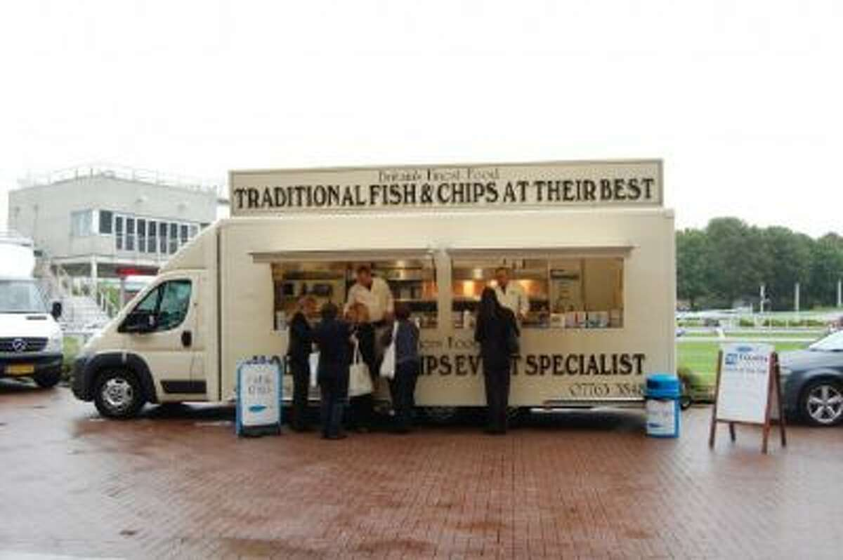 A food cart raises money for the families of killed or injured fishermen.