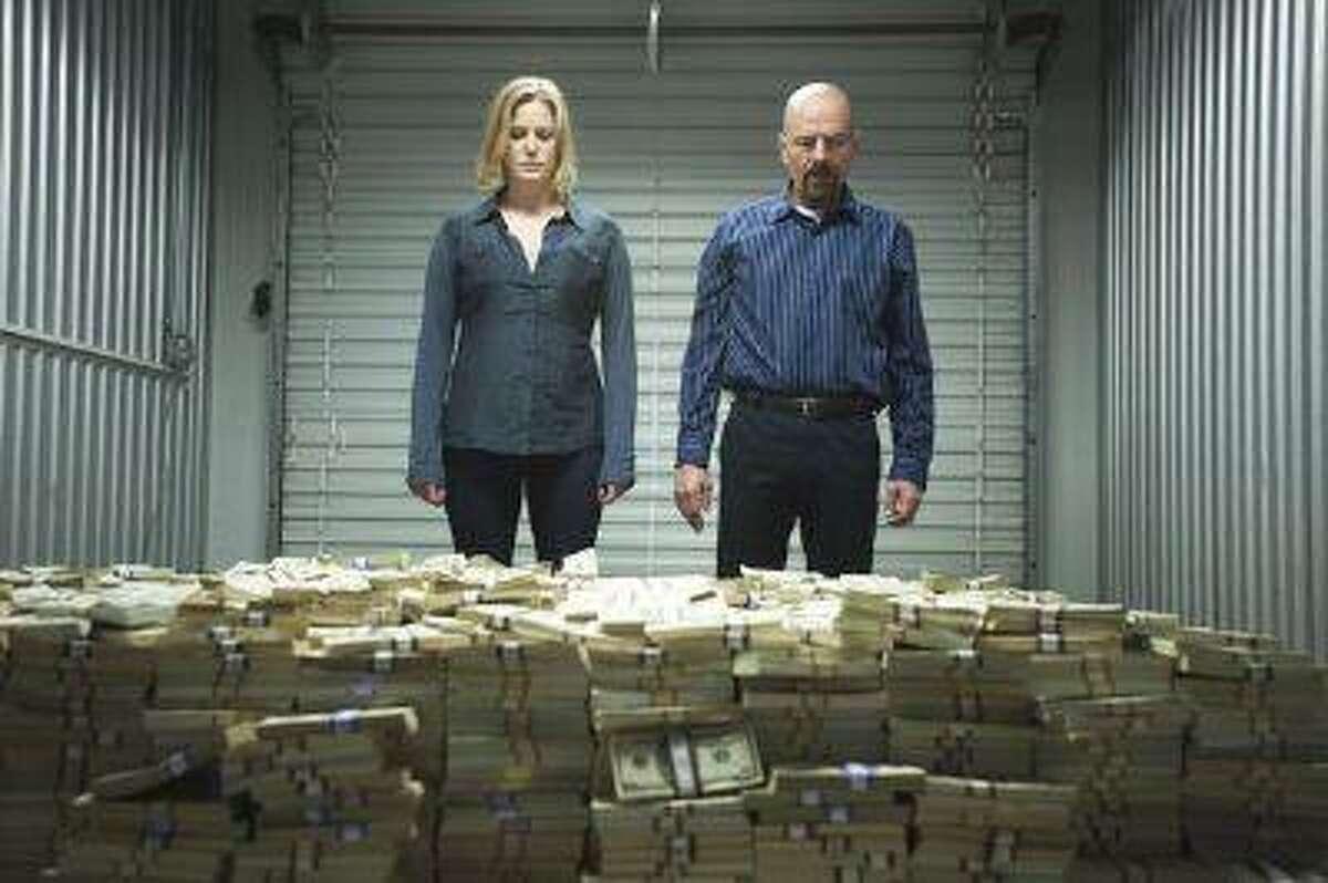 "Skyler White (Anna Gunn) and Walter White (Bryan Cranston) - Breaking Bad_Season 5, Episode 8_""Gliding Over All"" - Photo Credit: Lewis Jacobs/AMC"