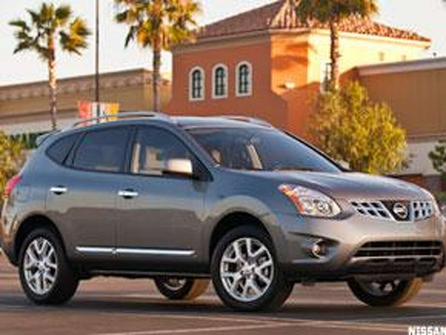 """The Nissan Rogue (photo from <a href=""""http://TheStreet.com"""">TheStreet.com</a>) / ©2008"""