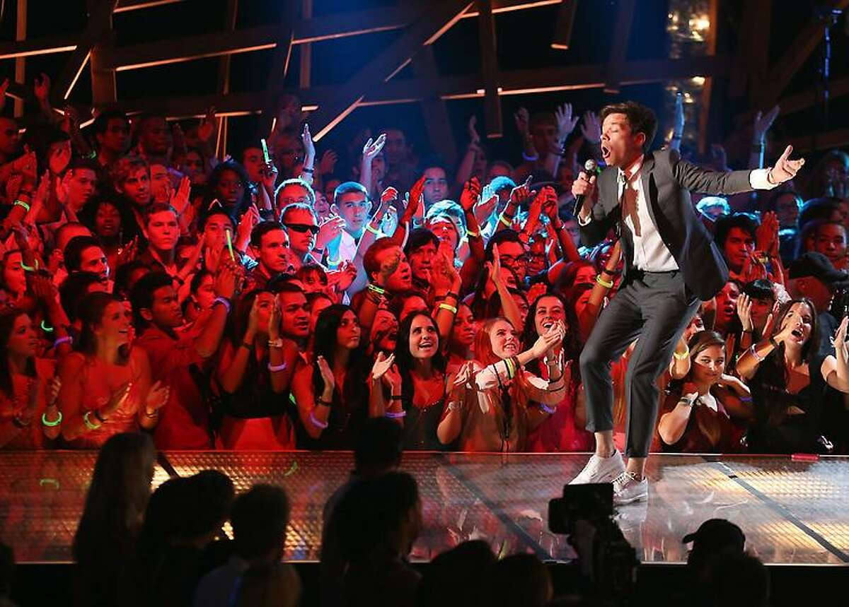 Singer Nate Ruess of the musical group Fun. performs onstage during the 2012 Do Something Awards at Barker Hangar Sunday in Santa Monica, California. (Photo by Christopher Polk/Getty Images for VH1)