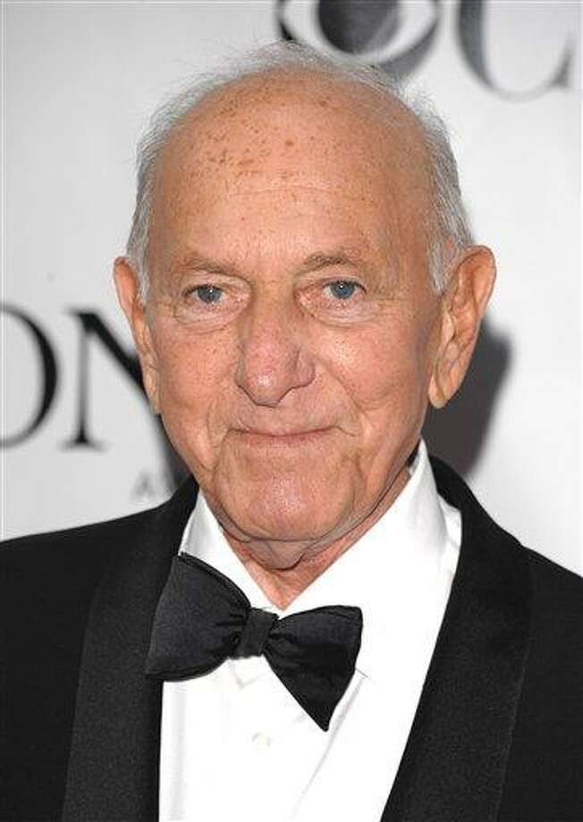 """FILE - In this June 15, 2008 file photo, Jack Klugman arrives at the 62nd annual Tony Awards in New York.  Klugman, who made an art of gruffness in TV's """"The Odd Couple"""" and """"Quincy, M.E.,"""" has died at the age of 90. (AP Photo/Peter Kramer, File) Photo: AP / KRAPE"""
