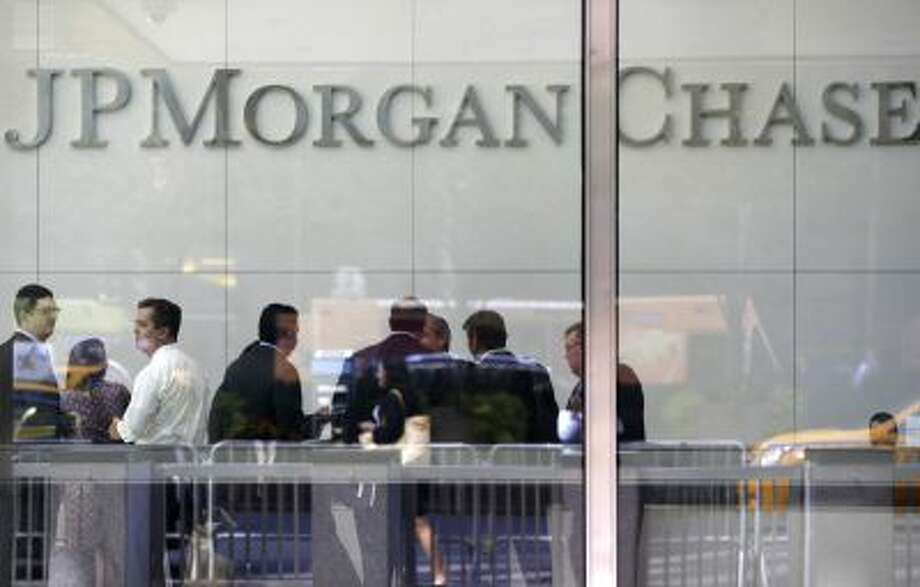 JPMorgan Chase said Thursday that it took precautionary measures against a U.S. government default. Photo: AP / AP2013