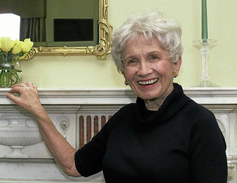 FILE - Canadian author Alice Munro poses for a photograph at the Canadian Consulate's residence in New York in this Oct. 28, 2002 file photo. Munro was Thursday Oct 10 2013 been named as 2013 Nobel laureate  for literature in an an announcement made in Stockholm, Sweden. (AP Photo/Paul Hawthorne, File) Photo: AP / AP