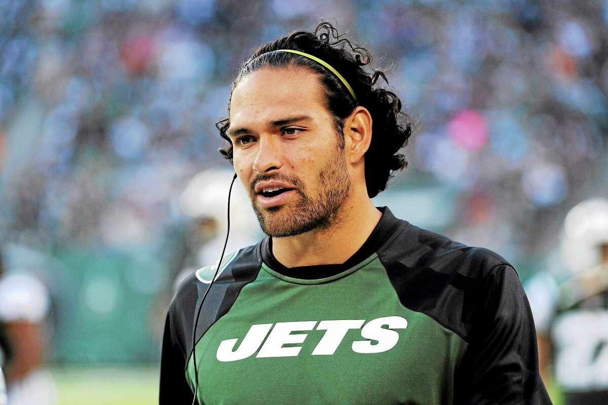 The Jets' Mark Sanchez has undergone season-ending shoulder surgery.