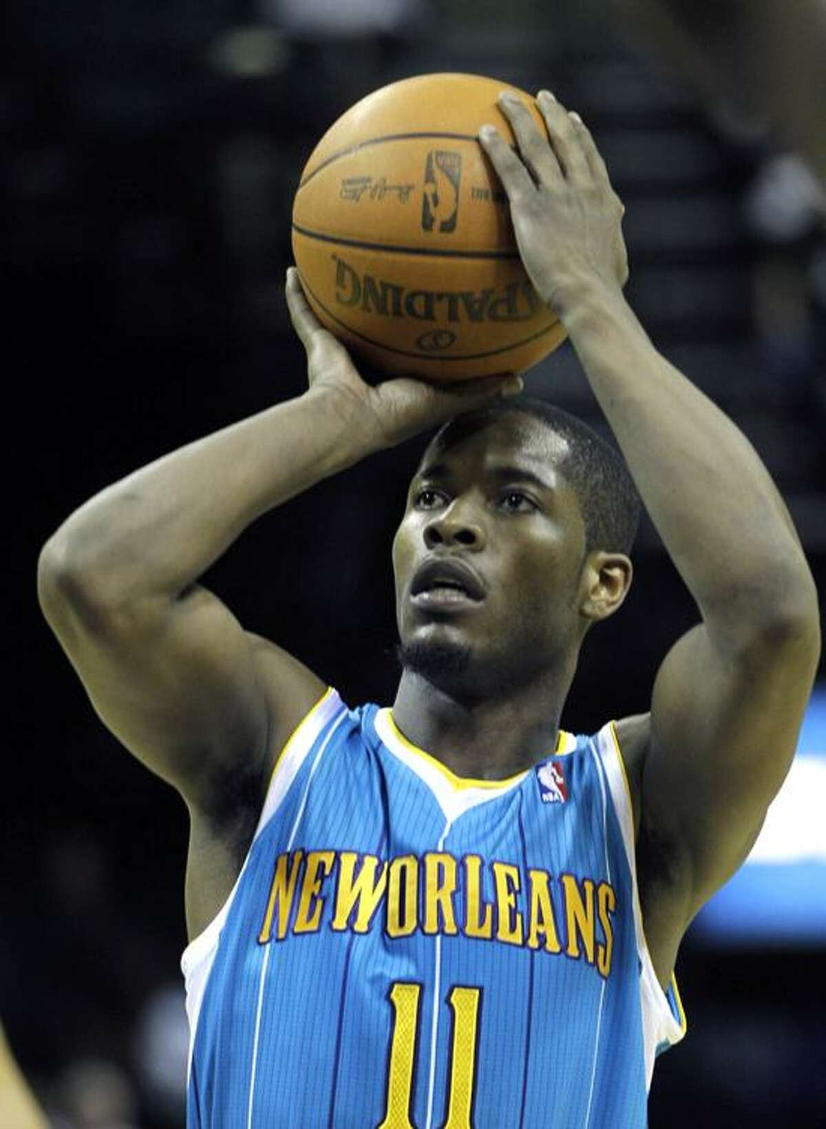 New Orleans Hornets guard Jerome Dyson attempts a free throw the first half of an NBA basketball game against the Memphis Grizzlies in Memphis, Tenn., Wednesday, April 18, 2012. (AP Photo/Danny Johnston)