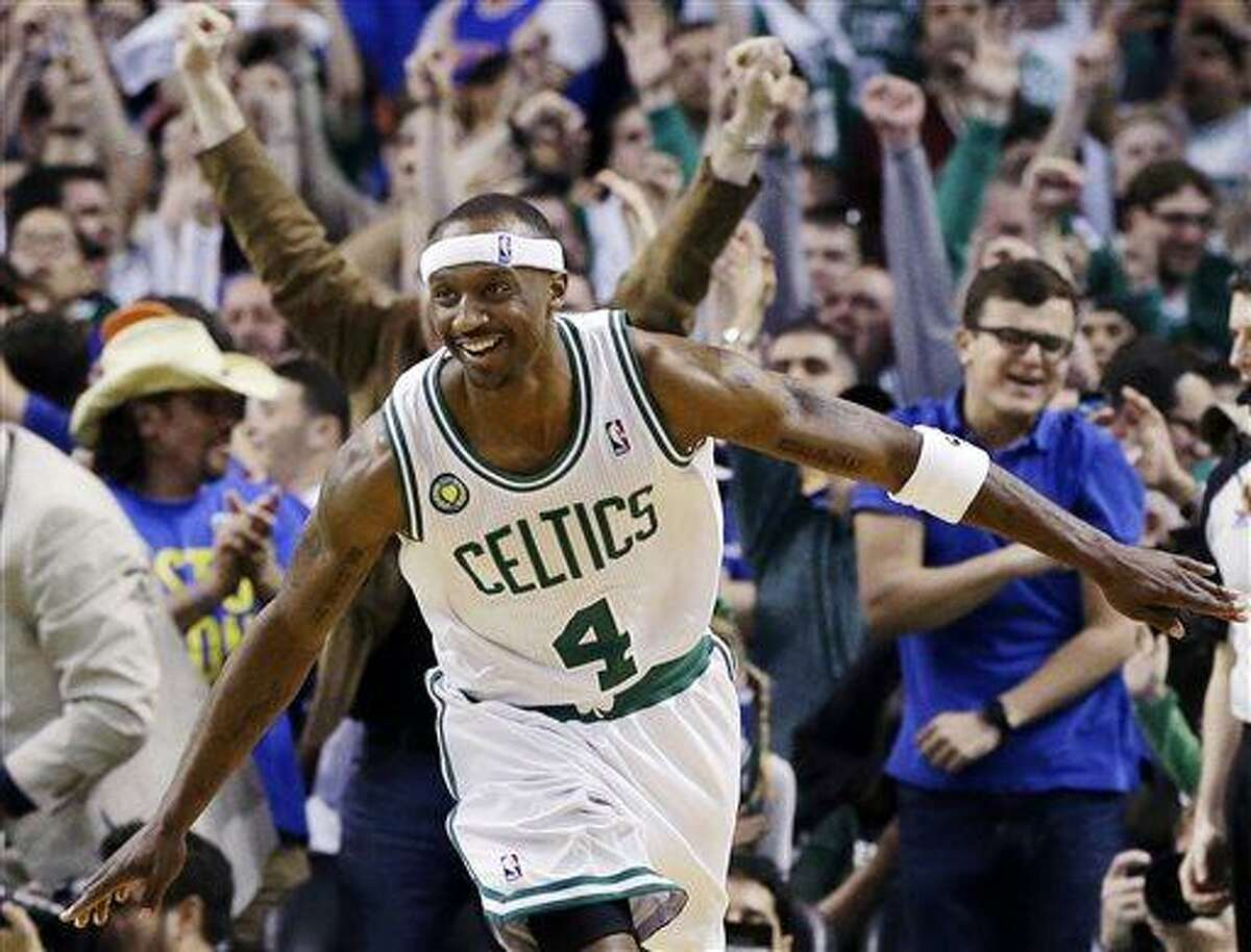 Boston Celtics guard Jason Terry celebrates his basket against the New York Knicks during overtime of Game 4 of a first-round NBA basketball playoff series in Boston, Sunday, April 28, 2013. Terry scored Boston's last nine points as they won 97-90. (AP Photo/Elise Amendola)