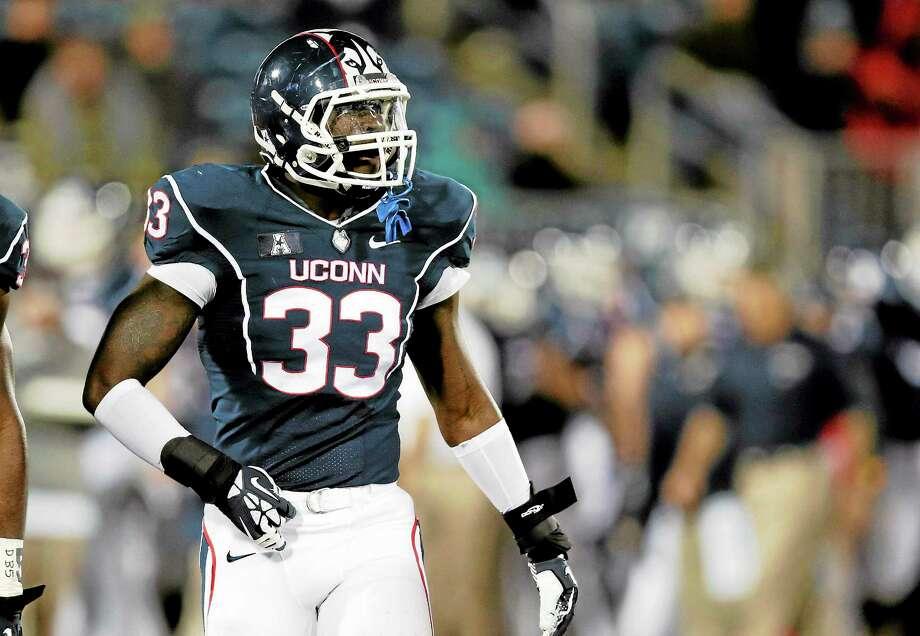 UConn linebacker Yawin Smallwood. Photo: Charles Krupa — The Associated Press File Photo  / AP