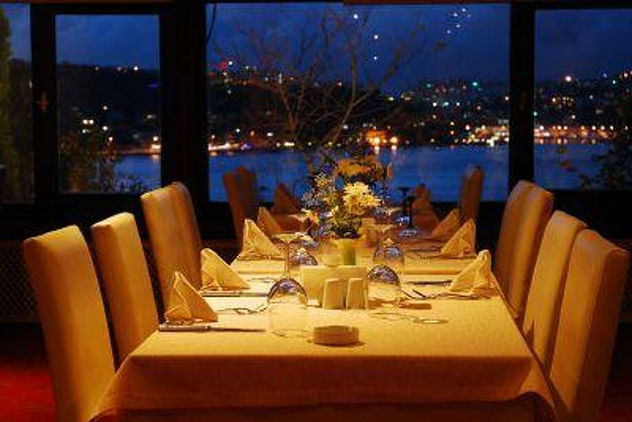 restaurant view Photo: Getty Images/iStockphoto / iStockphoto