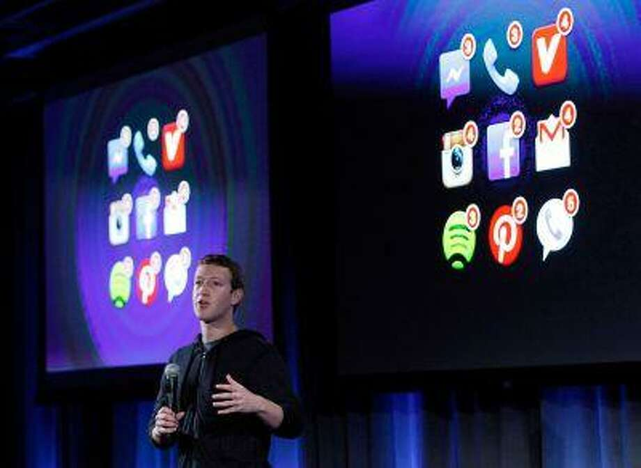 Mark Zuckerberg, Facebook's co-founder and chief executive speaks during a Facebook press event in Menlo Park, California, April 4, 2013. Photo: REUTERS / X90034