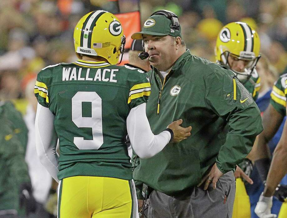 With Seneca Wallace starting at quarterback for Green Bay, Dan Nowak thinks the Packers will be a good team to bet against over the next few weeks. Photo: Mike Roemer — The Associated Press  / FR155603 AP