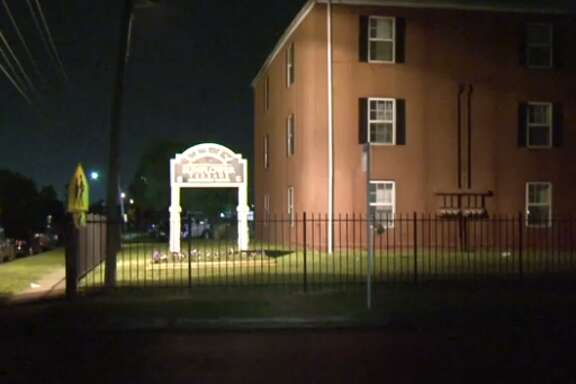 A 17-year-old boy was found injured, with a gunshot wound in the leg, late Wednesday at a Sunnyside apartment complex. (Metro Video)