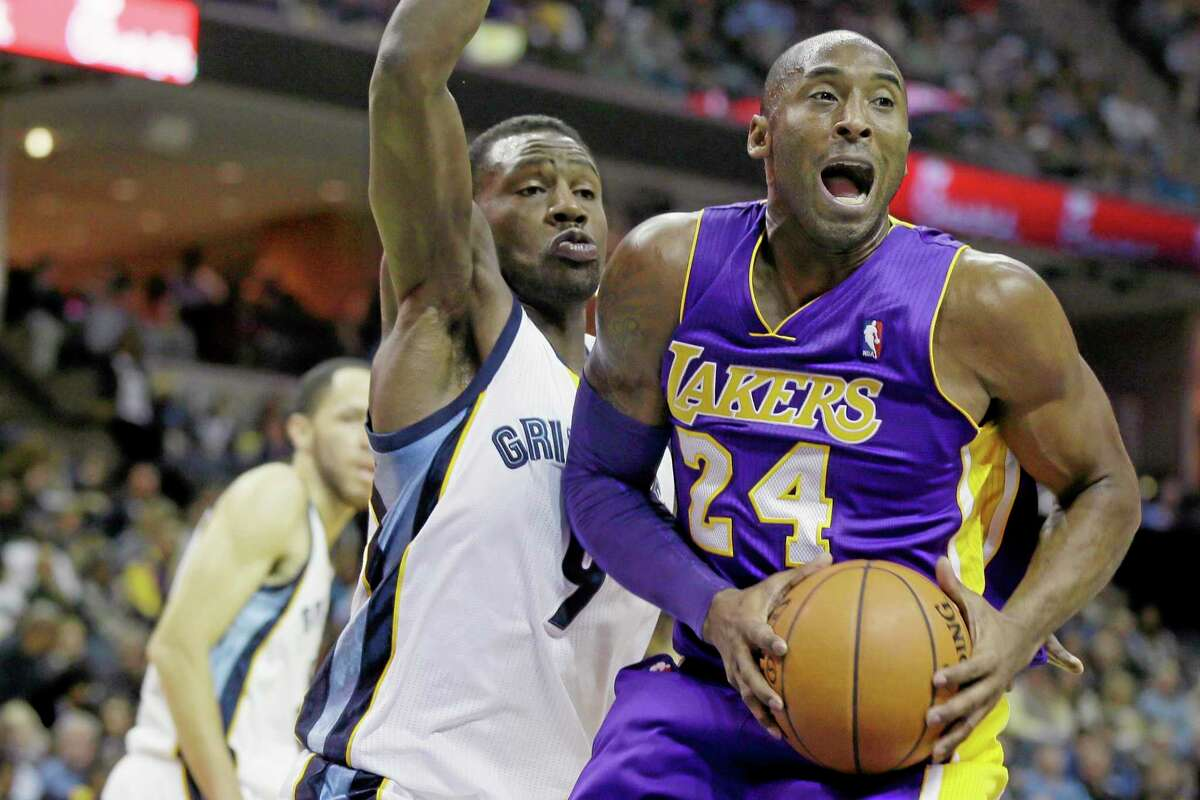 The Grizzlies' Tony Allen defends the Los Angeles Lakers' Kobe Bryant during Tuesday's game in Memphis, Tenn.