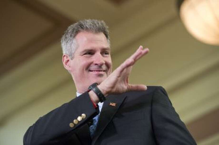 UNITED STATES - OCTOBER 20: Sen. Scott Brown, R-Mass., attends a rally at Memorial Hall in Melrose, Mass., also attended by Sen. John McCain, R-Ariz. Brown is being challenged for his seat by democrat Elizabeth Warren. (Photo By Tom Williams/CQ Roll Call) Photo: Roll Call/Getty Images / © 2012 CQ Roll Call