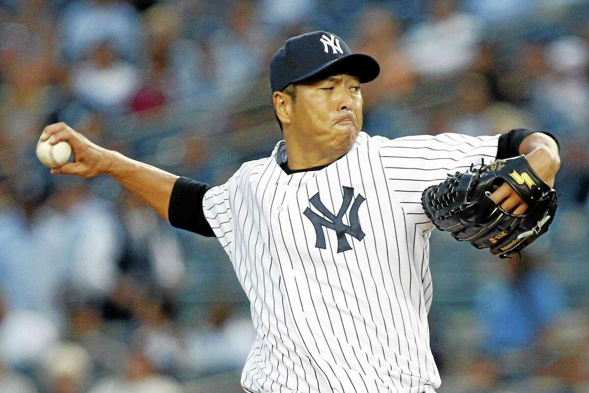 New York Yankees starter Hiroki Kuroda is returning for a third season with the Bombers.