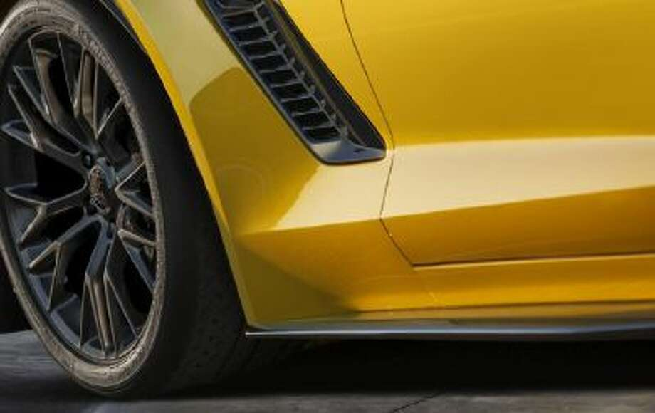 Chevrolet is to introduce the 2015 Corvette Z06 at the Detroit Auto Show.