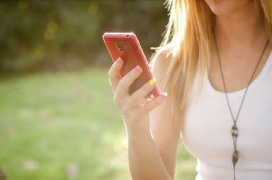 A new study of 498 U.S. adolescents aged between 15 and 18 years, found that most teens sext for attention.