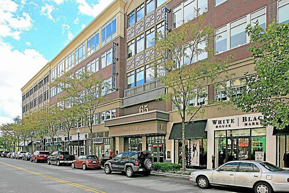 Memorial Road at Blue Back Square in West Hartford has retailers such as REI, Barnes & Noble and Crate and Barrel as well as restaurants like The Cheesecake Factory and Fleming's Prime Steakhouse & Wine Bar. Photo: Photo Courtesy Barbara Lerner Blue Back Square
