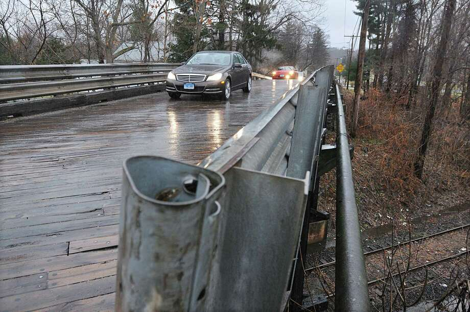 The bridge on West Street in Middletown will be replaced in 2016. Photo: Catherine Avalone - The Middletown Press  / TheMiddletownPress