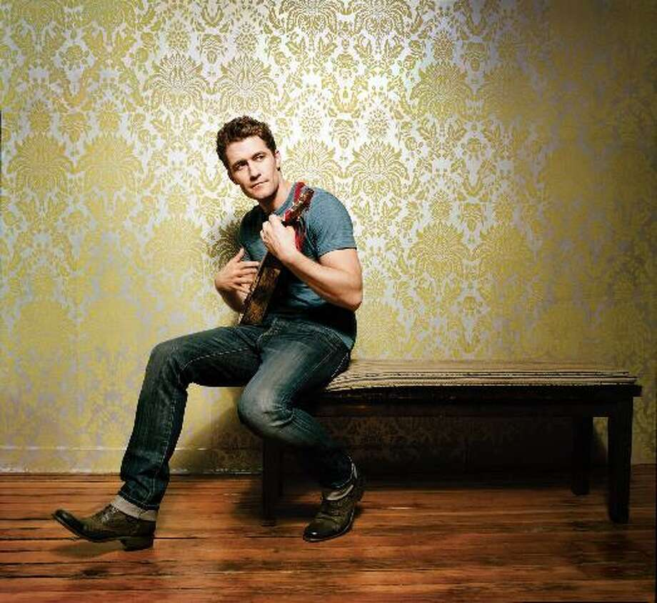 Matthew Morrison from 'Glee' announces summer tour. (Submitted photo)