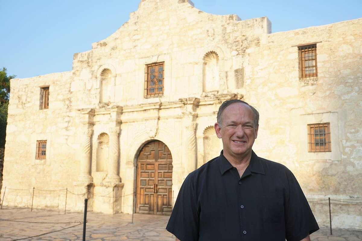 Douglass W. McDonald, a museum consultant from Cincinnati, Ohio, is serving as Alamo CEO.