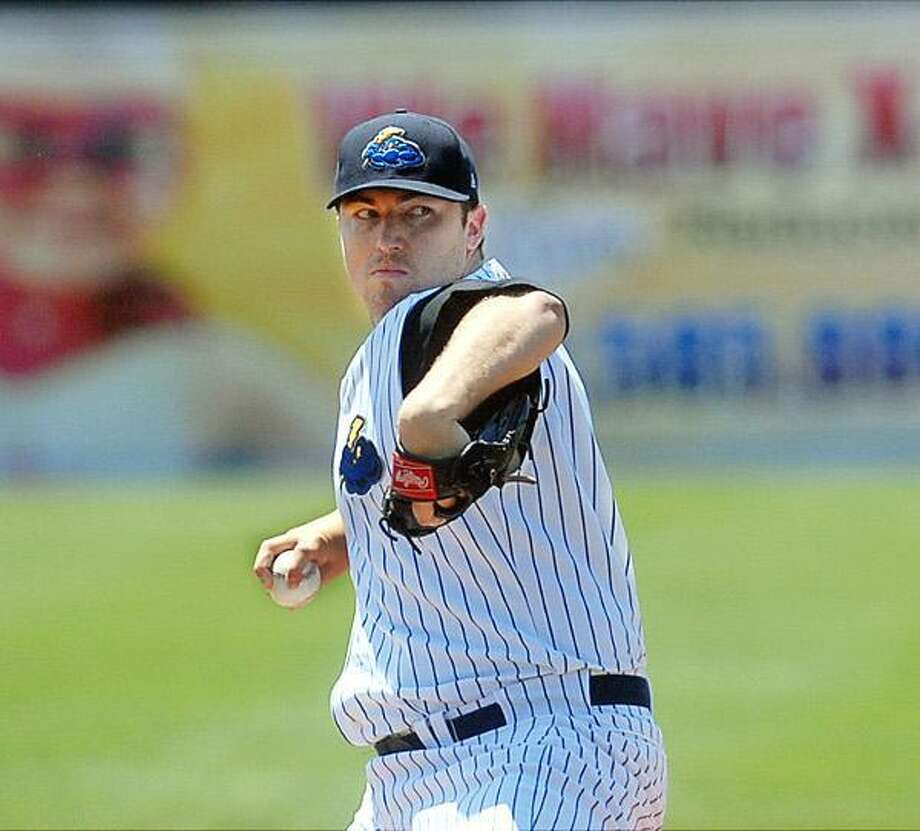 Phil Hughes pitches in Wednesday's rehab start for the Trenton Thunder.  Trentonian Photo/GREGG SLABODA