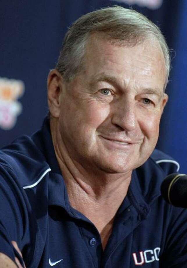 Jim Calhoun returned to his coaching duties Thursday, after a medical leave of more than three weeks forced him to miss seven games. (Associated Press) Photo: ASSOCIATED PRESS / AP2008