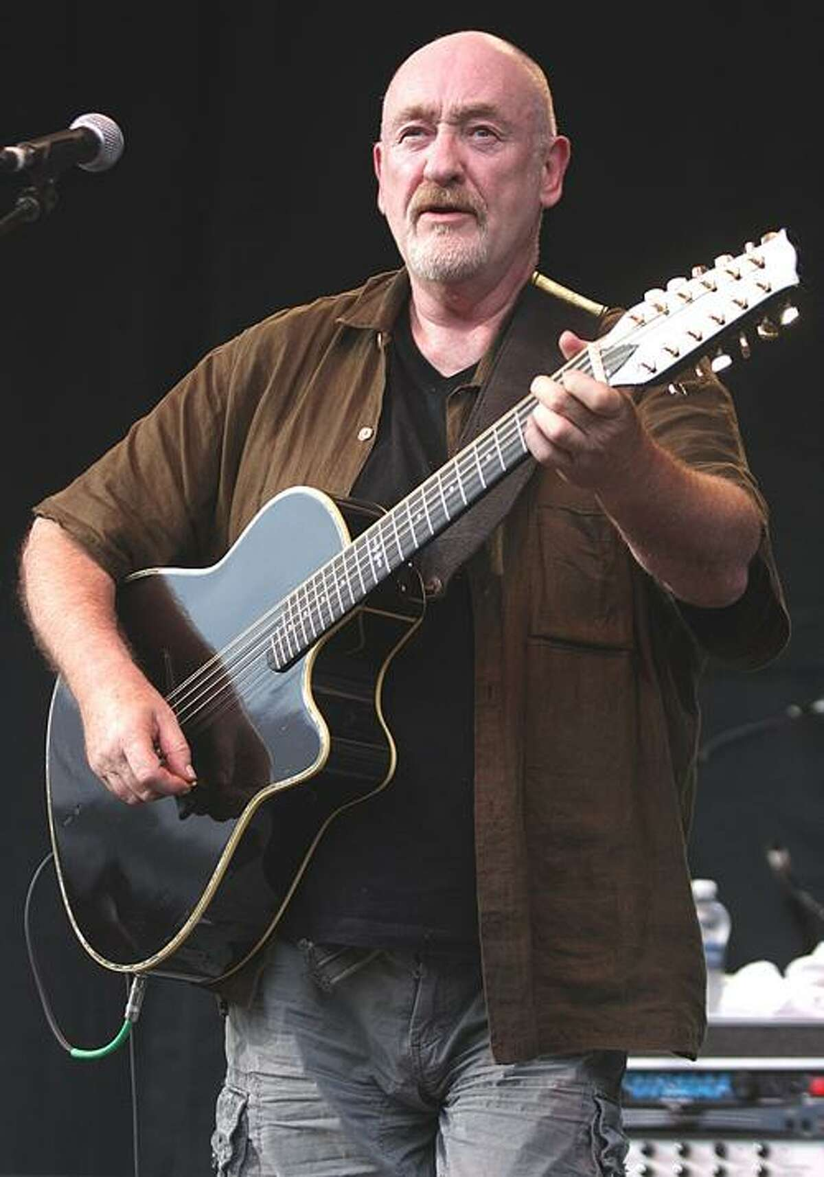 Dave Mason will be performing in the Nancy Marine Studio Theartre at the Warner Theatre in Torrington, on Wednesday, March 2. (John Atashian/Submitted photo)