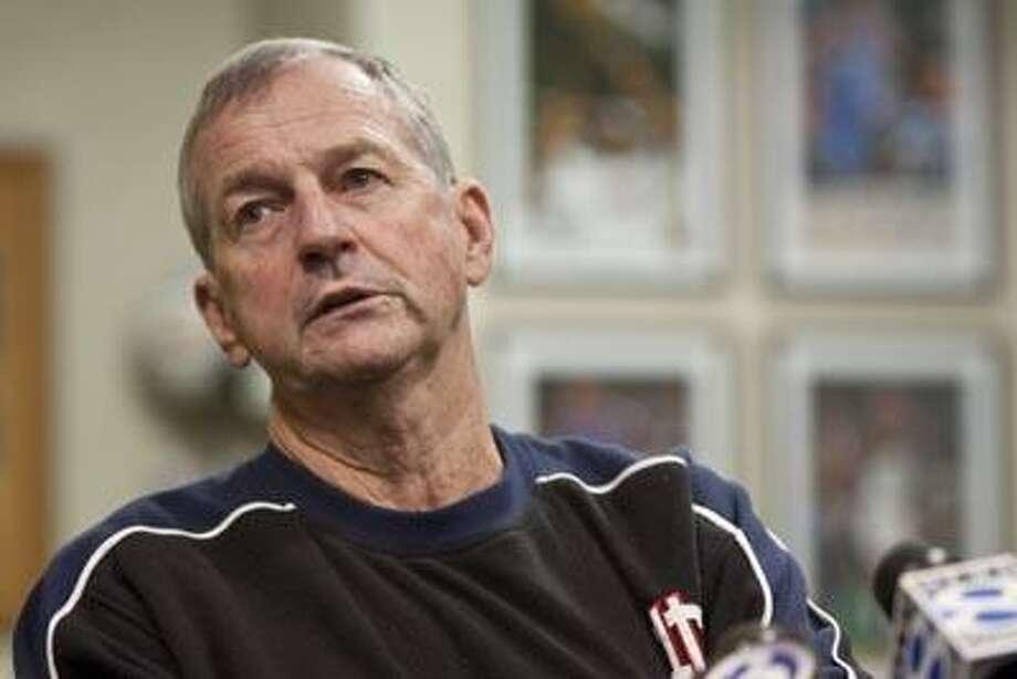 UConn men's basketball coach, Jim Calhoun. (AP) Photo: ASSOCIATED PRESS / AP2010