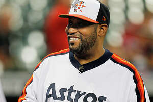 HOUSTON, TX - SEPTEMBER 16:  Houston rapper Bun B throws out first pitch at Minute Maid Park on September 16, 2014 in Houston, Texas.  (Photo by Bob Levey/Getty Images)