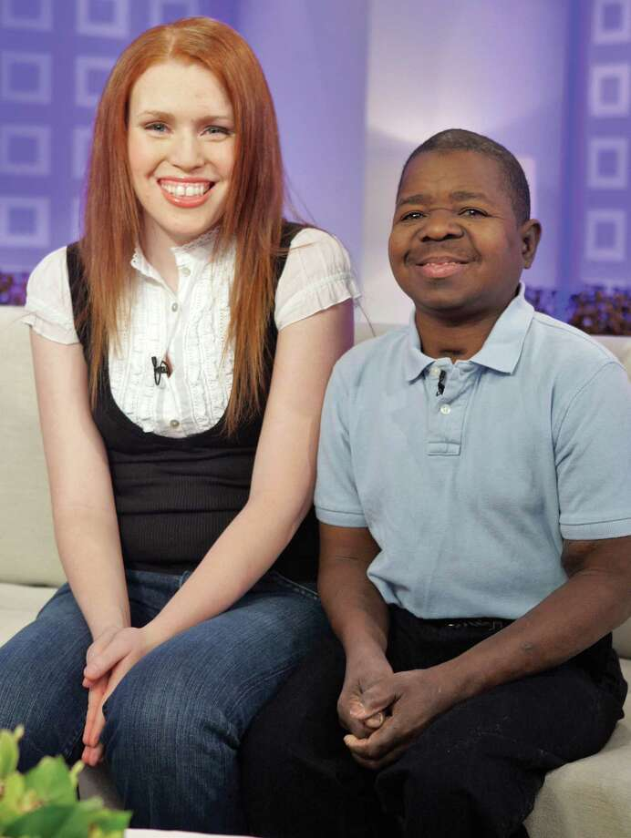 "In this Feb. 26, 2008, file photo, actor Gary Coleman, best known from the television series ""Diff'rent Strokes"" and his wife Shannon Price, appear on the the NBC ""Today"" television program in New York. New details surrounding TV actor Gary Coleman's death have emerged with his attorney saying the child star of ""Diff'rent Strokes"" and his wife divorced in 2008, and Utah authorities releasing a tape of her frantic 911 call after he struck his head in a fall. (AP)"