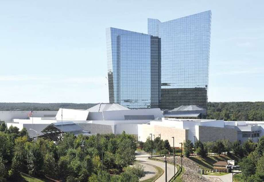 Mohegan Sun is seen here, Tuesday, Aug. 26, 2008 in Uncasville, Conn.  Mohegan Sun is undergoing a $925 million expansion, which will include a 920-room hotel, a 64,000-square -foot casino, and more stores in restaurants.  The expansion is expected to be completed in 2010.  (AP Photo/Jessica Hill) Photo: ASSOCIATED PRESS / AP2008