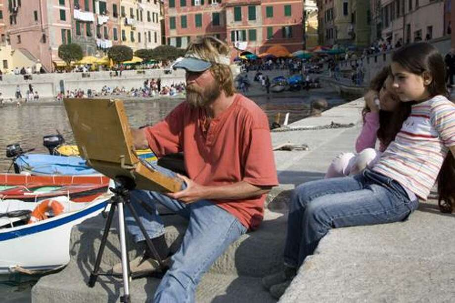 Leif Nilsson painting in Vernazza, Italy, photo by Caryn B. Davis.