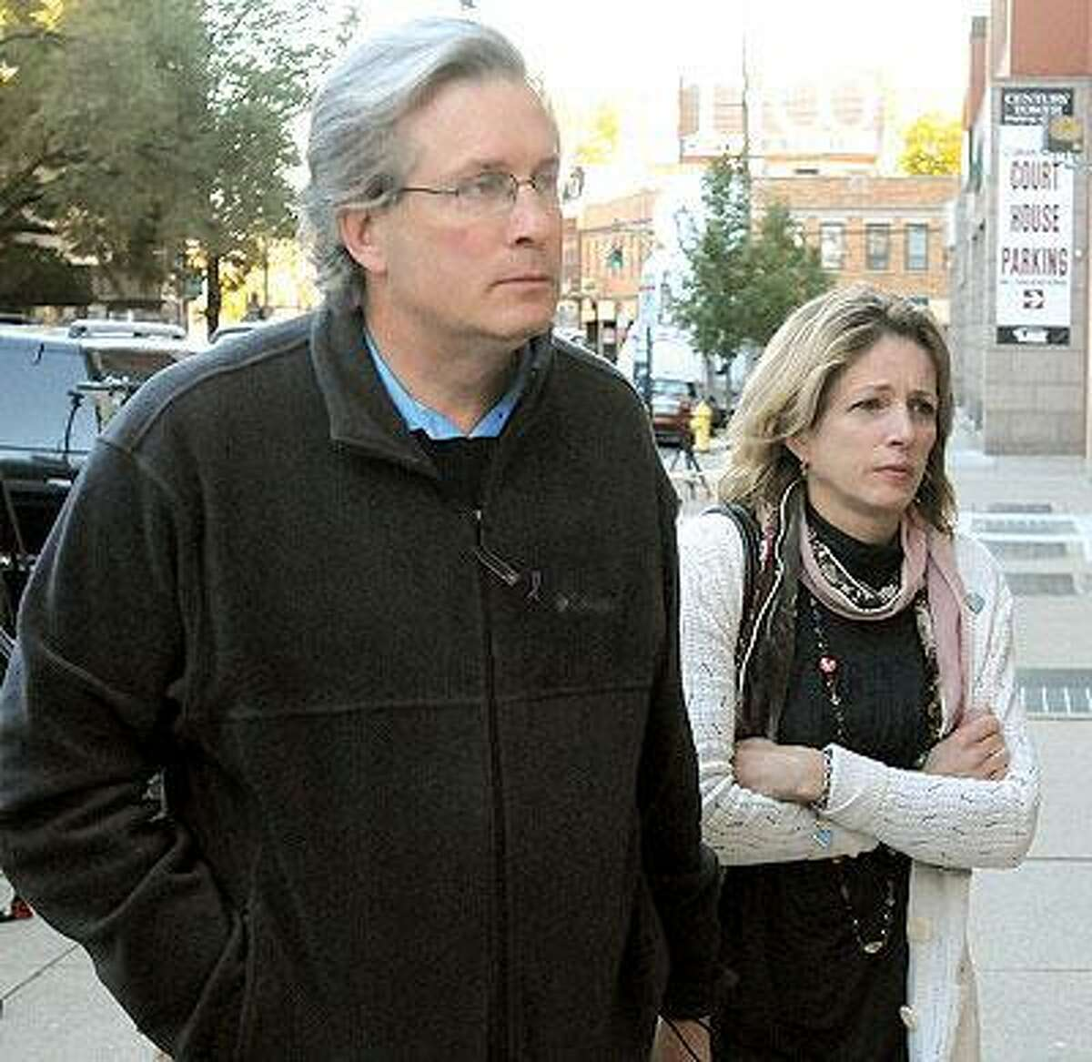 Dr. William Petit Jr. and his sister Johanna Chapman arrive at Superior Court for continued jury deliberations on the sentence for convicted killer Steven Hayes. (Photo by Mara Lavitt/New Haven Register)