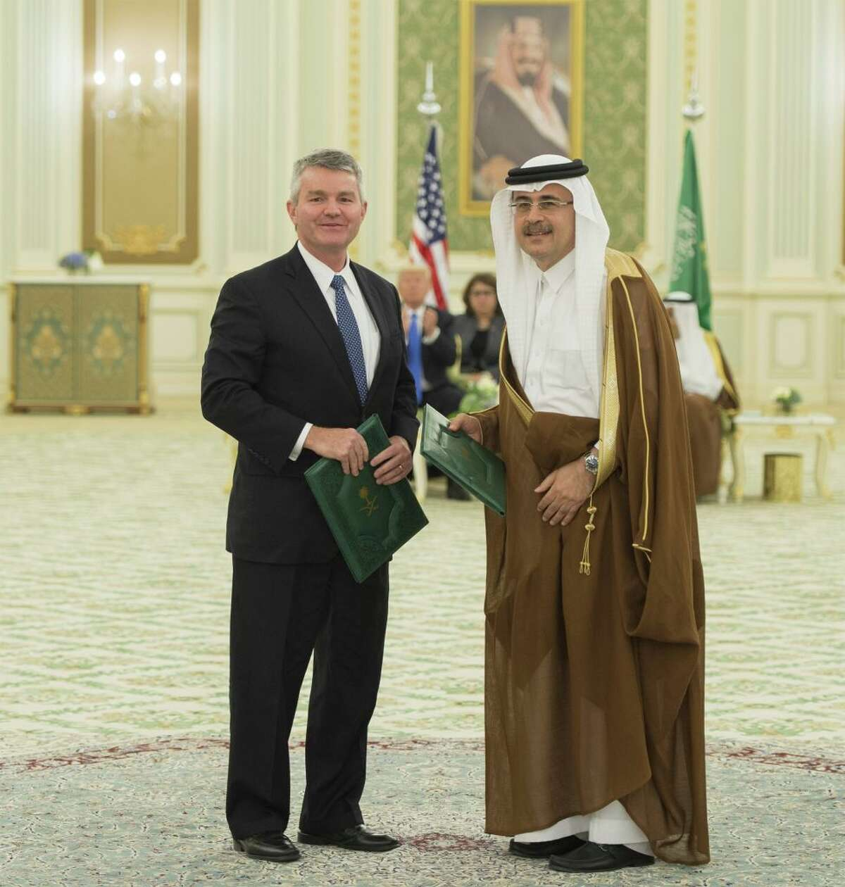 President and CEO of Saudi Arabian Oil Company Saudi Aramco, Amin H. Nasser (R) and CEO of National Oilwell Varco Clay C. Williams.