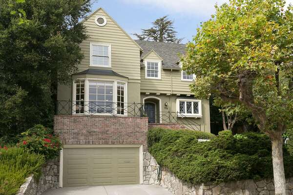 796 Rosemount Road in Crocker Highlands is a four bedroom available for $1.595 million.
