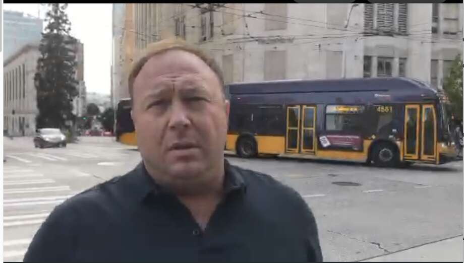 Alex Jones wandered Seattle streets Thursday and Friday, yelling at passersby and spouting his conspiracy theories. Photo: Periscope Screenshot/Alex Jones
