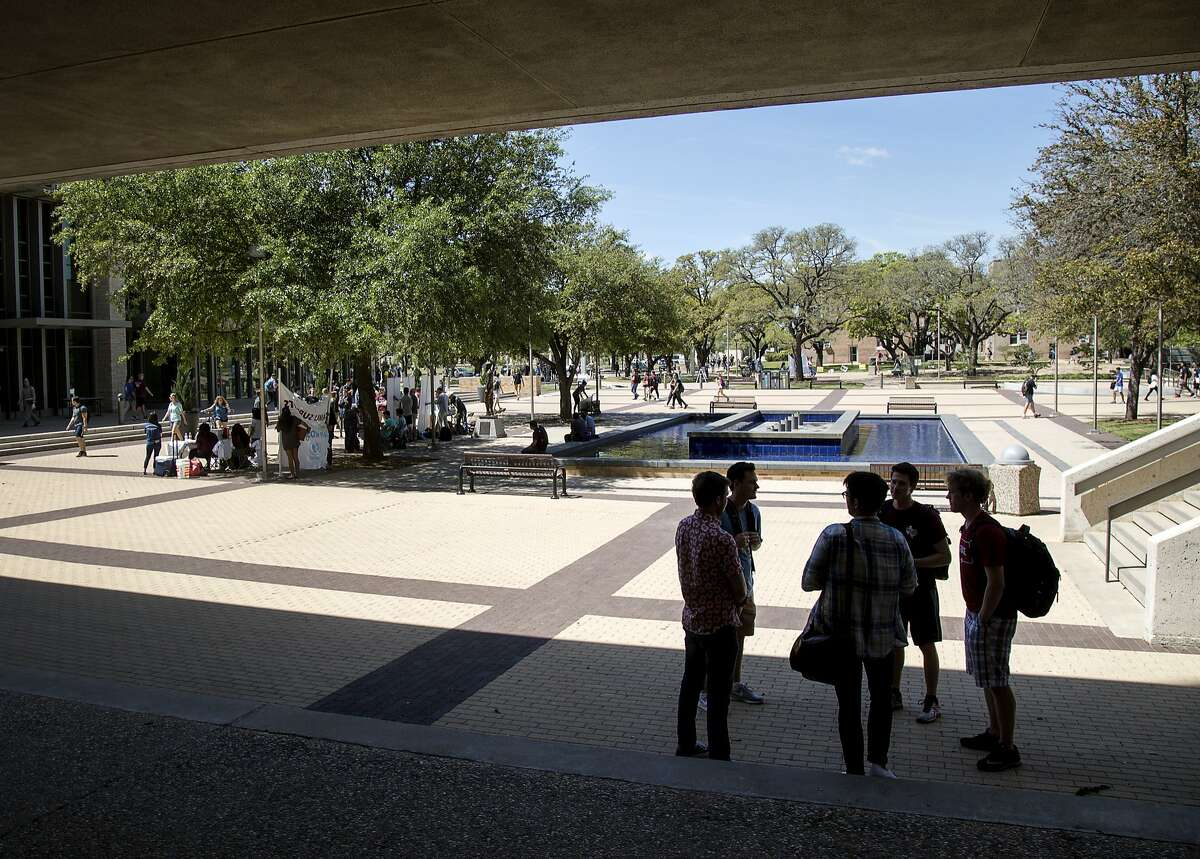 MONEY Magazine named Texas A&M the best value of any college or school In Texas. ( Jon Shapley / Houston Chronicle )