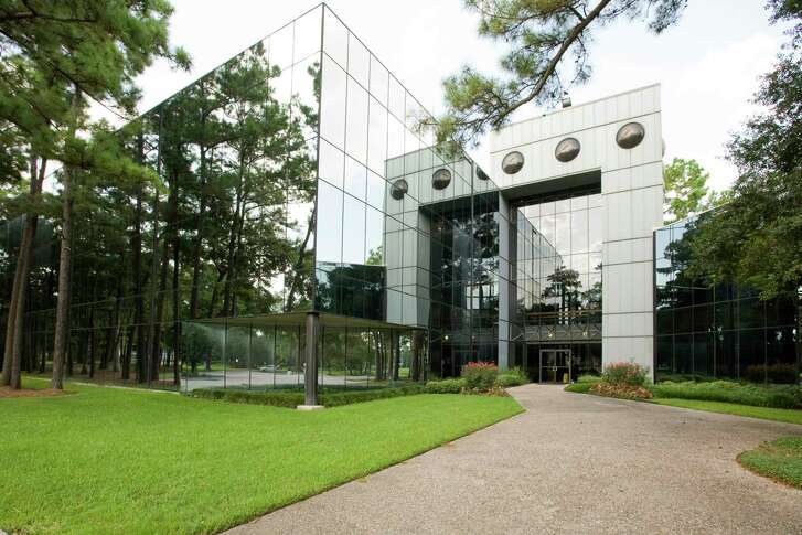 Neutex Advanced Energy Group purchased a 115,000-square-foot building at 14340 Torrey Chase Blvd.