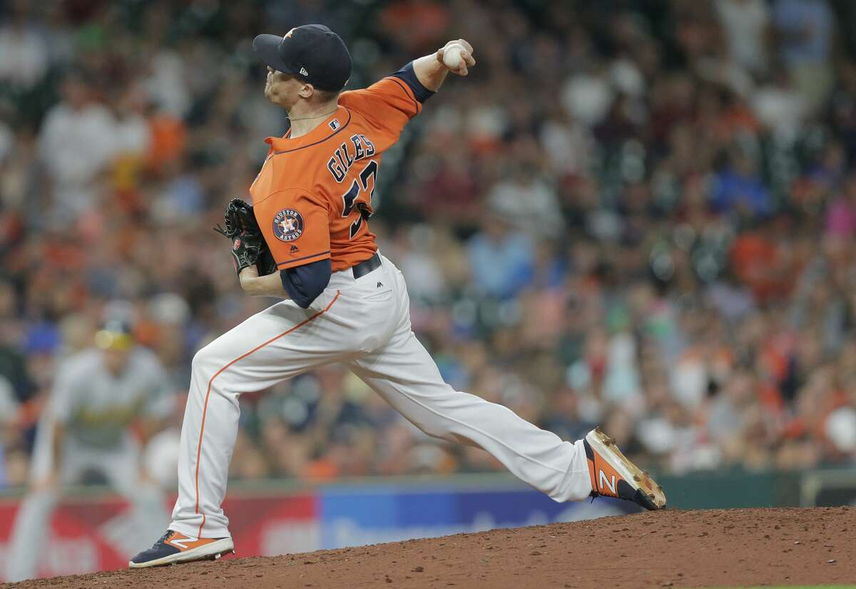 Houston Astros relief pitcher Ken Giles (53) pitches in the eighth inning against Oakland Athletics. Houston Astros host the Oakland Athletics at Minute Maid Park on Friday, Aug. 18, 2017, in Houston. ( Elizabeth Conley / Houston Chronicle )