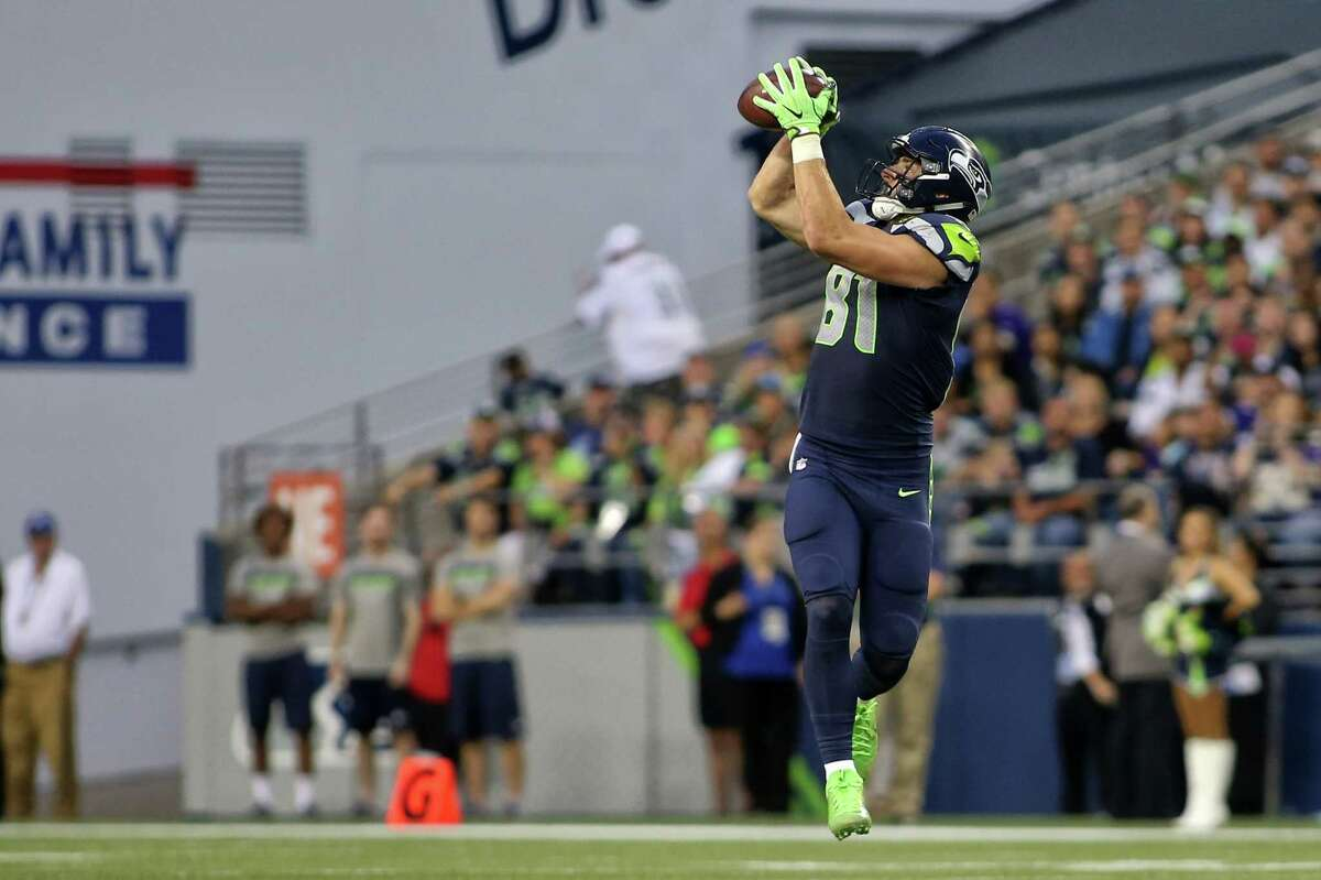 Seahawks tight end Nick Vannett makes a 32-yard catch during the first half of Seattle's preseason game against the Minnesota Vikings, Friday, Aug. 18, 2017 at CenturyLink Field.