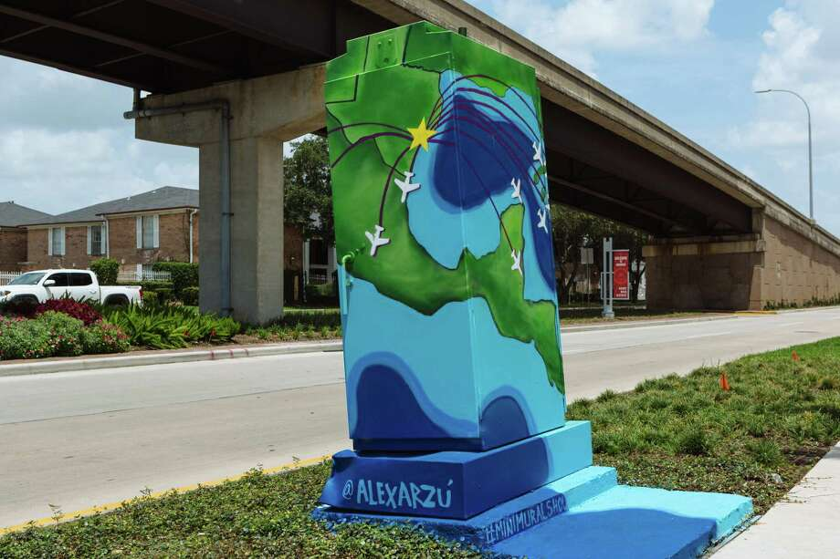 A recent mini-mural at the intersection of Broadway and Airport Blvds. near Hobby Airport. (Alex Barber / Up Art Studio) Photo: Alex Barber / © Alex Barber