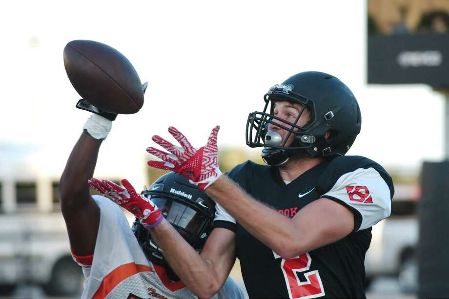 Clear Brook's Caleb Chapman (2) tries to pull down a pass during a pre-season scrimmage against Texas City. Photo: Kirk Sides / © 2017 Kirk Sides / Houston Chronicle