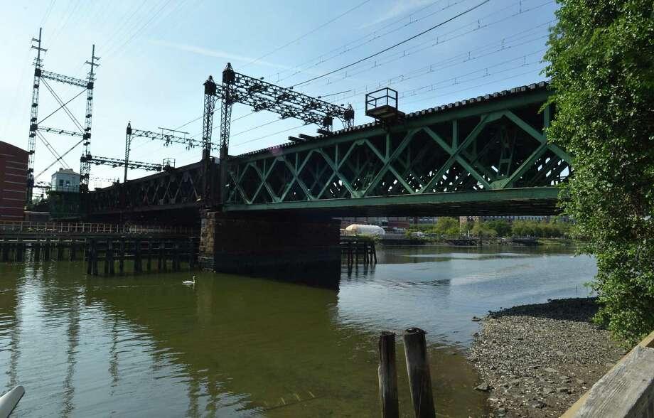 The Metro-North Walk Bridge over the Norwalk River. Photo: Alex Von Kleydorff / Hearst Connecticut Media / Norwalk Hour