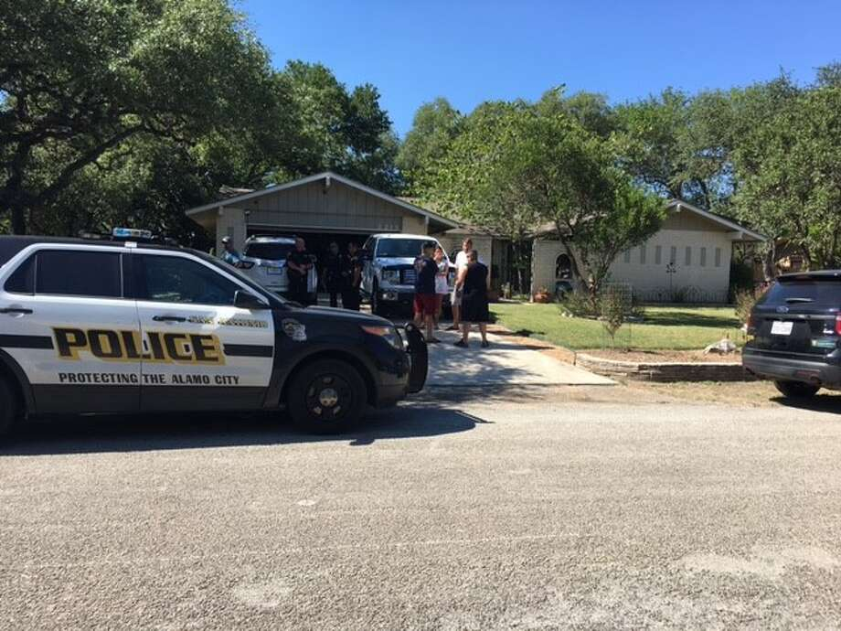 San Antonio police investigate a possible murder-suicide on the North Side Saturday Aug, 19, 2017.