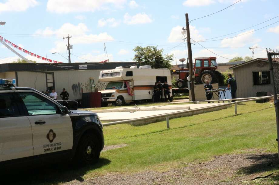 San Antonio police are investigating what they say may be a possible homicide after a body was discovered on the South Side Sunday morning Aug. 20, 2017. Photo: Nicole Bautista
