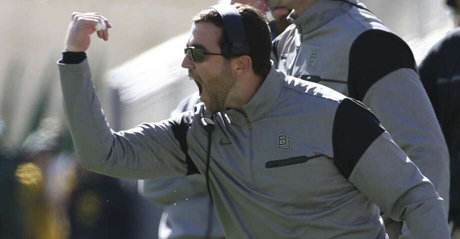 Kendal Briles, coaching at Baylor in 2016. Photo: Jerry Larson/Associated Press