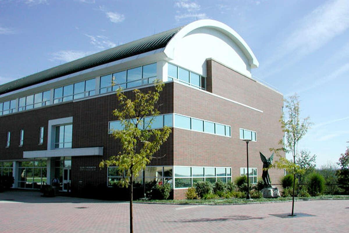 25. Dutchess Community College,Poughkeepsie, NY National rank: 299